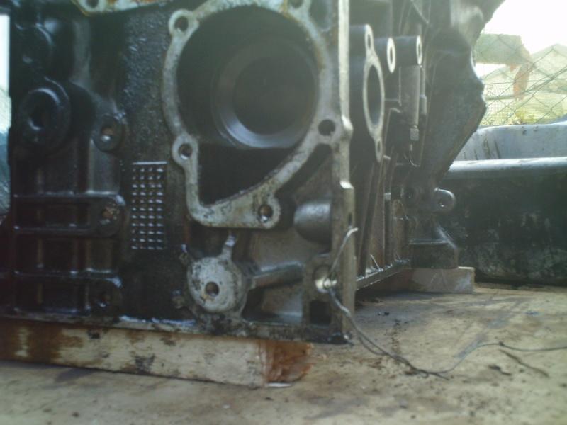 Désossage pas à pas du bas moteur sur xu Img_0322