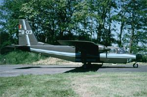 Avions et hélicoptères sur des bases aériennes belges Bh_b-010