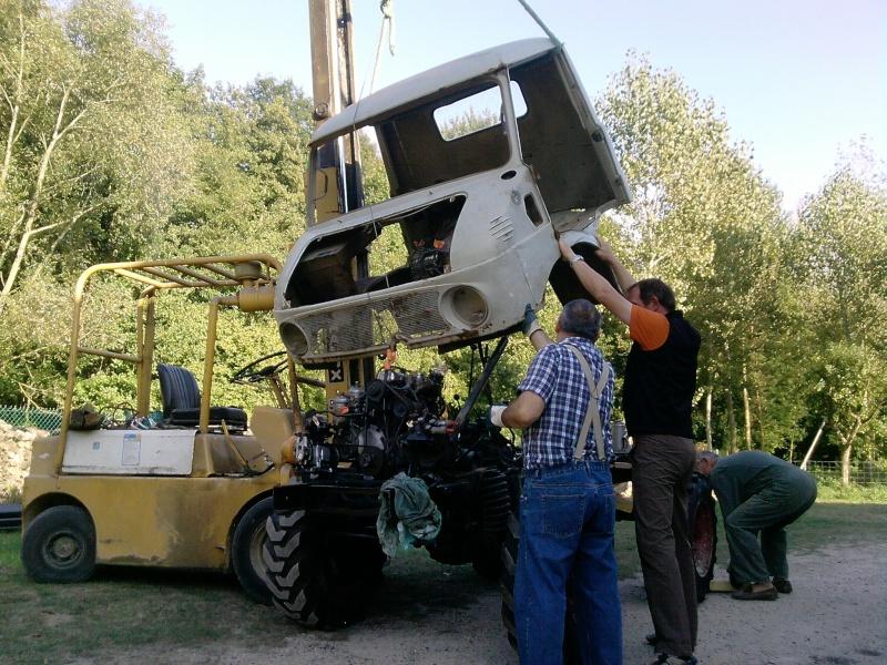 RESTAURATION Unimog 411 westfalia P2709010