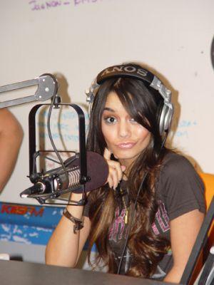 KISS FM With JoJo on the Radio- 10.11.06 Norma111