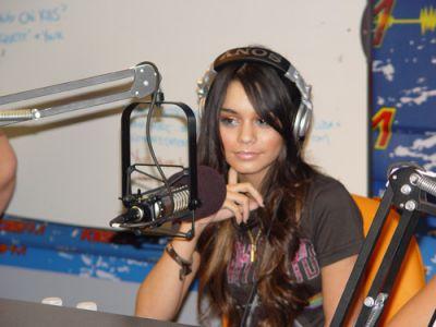 KISS FM With JoJo on the Radio- 10.11.06 Norma112