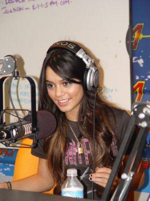 KISS FM With JoJo on the Radio- 10.11.06 Norma119