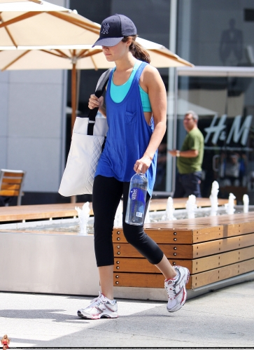 May 7 - Leaves the gym in Los Angeles Norma421