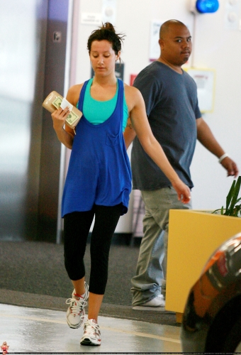 May 7 - Leaves the gym in Los Angeles Norma425