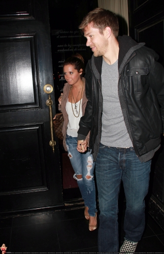 May 18 - Leaving Beso Restaurant in Hollywood with Scott Norma600