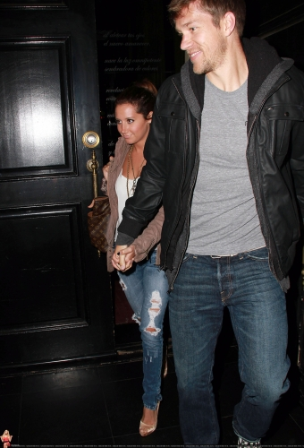 May 18 - Leaving Beso Restaurant in Hollywood with Scott Norma601