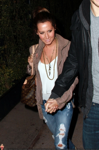 May 18 - Leaving Beso Restaurant in Hollywood with Scott Norma603