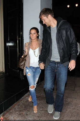 May 18 - Leaving Beso Restaurant in Hollywood with Scott Norma612