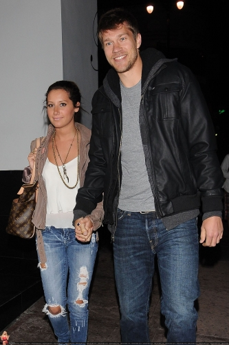 May 18 - Leaving Beso Restaurant in Hollywood with Scott Norma615