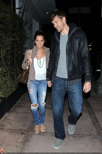 May 18 - Leaving Beso Restaurant in Hollywood with Scott Norma617