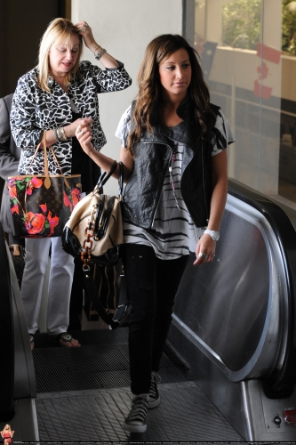 At LAX airport with her mom Norma693