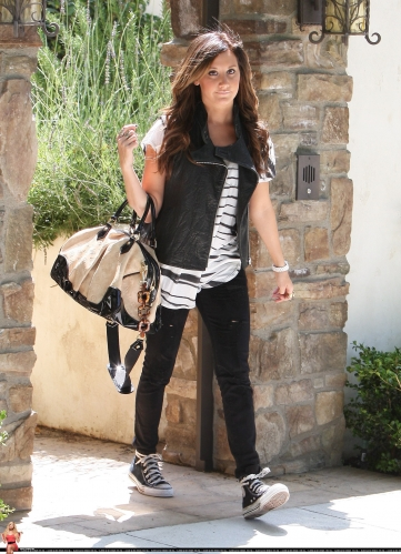 May 19 - Leaving her home in Toluca Lake Norma771