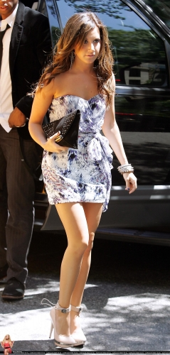 May 20 - Arriving at her hotel in New York City Norma830