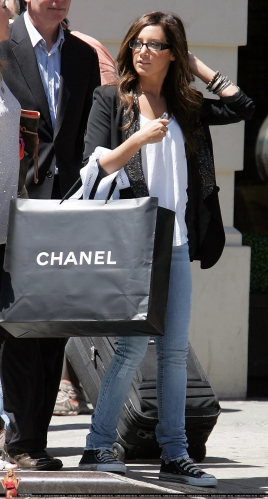 May 20 - Shopping at Chanel in New York City Norma883