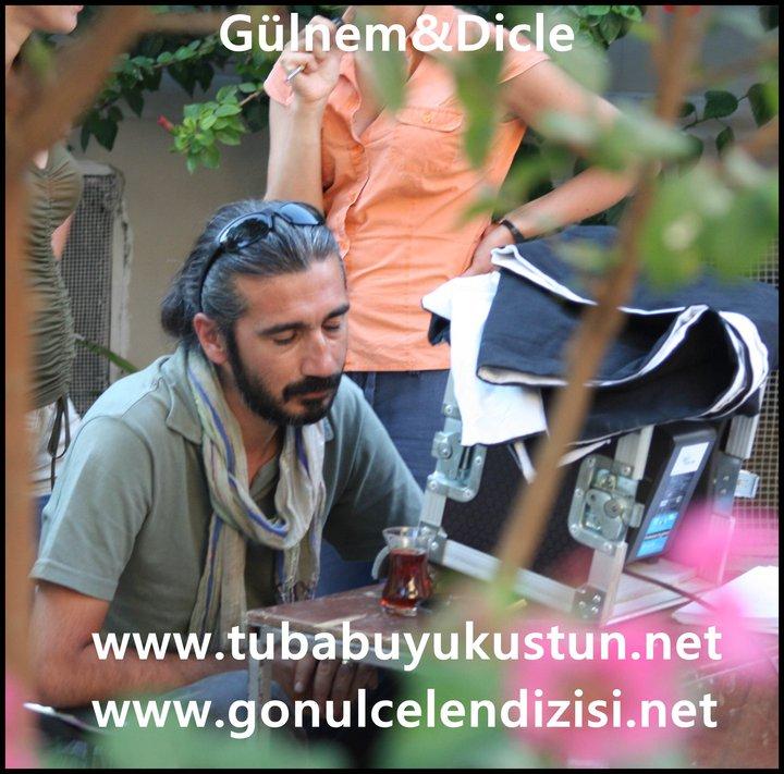Gönülçelen - Pictures from  shooting , pictures with fans- poze de la filmari, poze cu fani - Pagina 2 29862_10