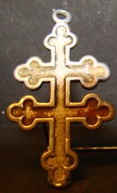 Double croix ou croix de Lorraine Dsc08110