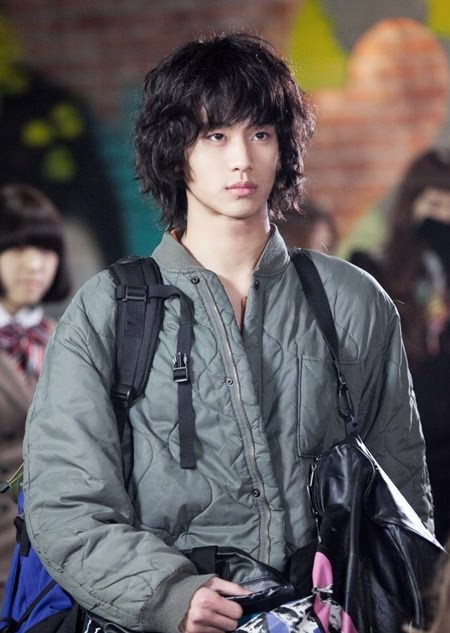 Kim Soo Hyun 20110110