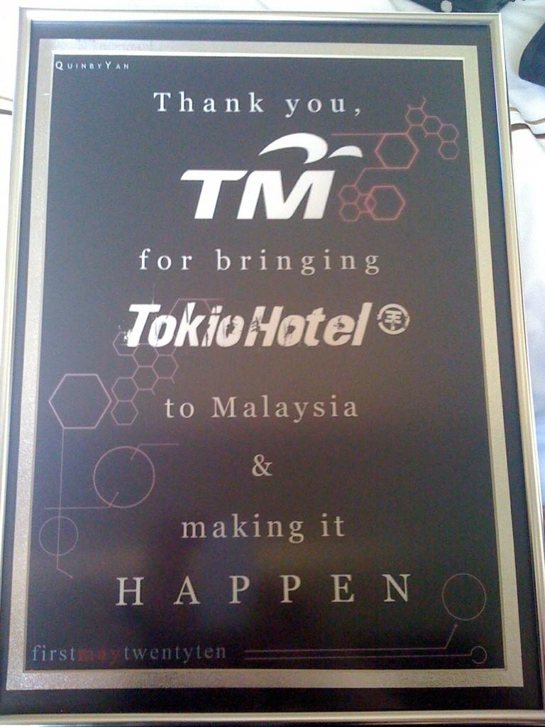 Tokio Hotel's Plague! Img_6810