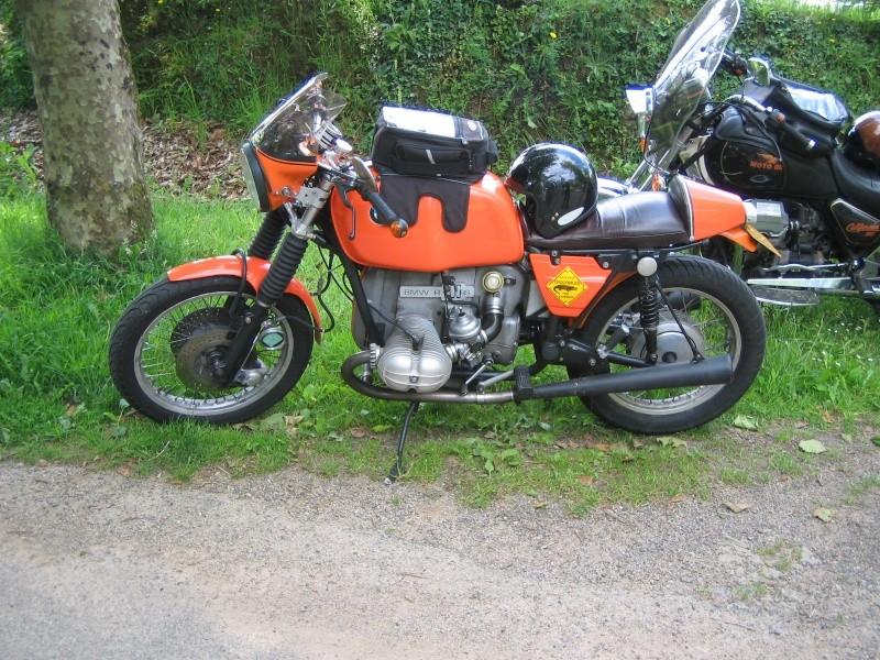 C'est ici qu'on met les bien molles....BMW Café Racer - Page 3 Ballad33