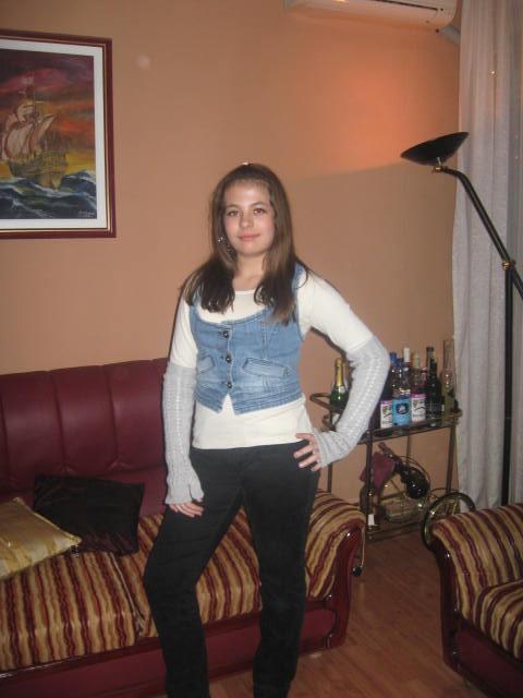 Cullen-vampire girl :DDD Img_2114