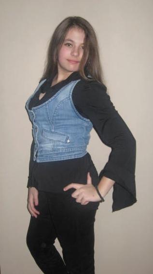 Cullen-vampire girl :DDD Img_2212