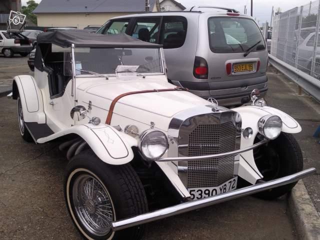 Mercedes SSK 1929. Interprétation très libre... 06585010