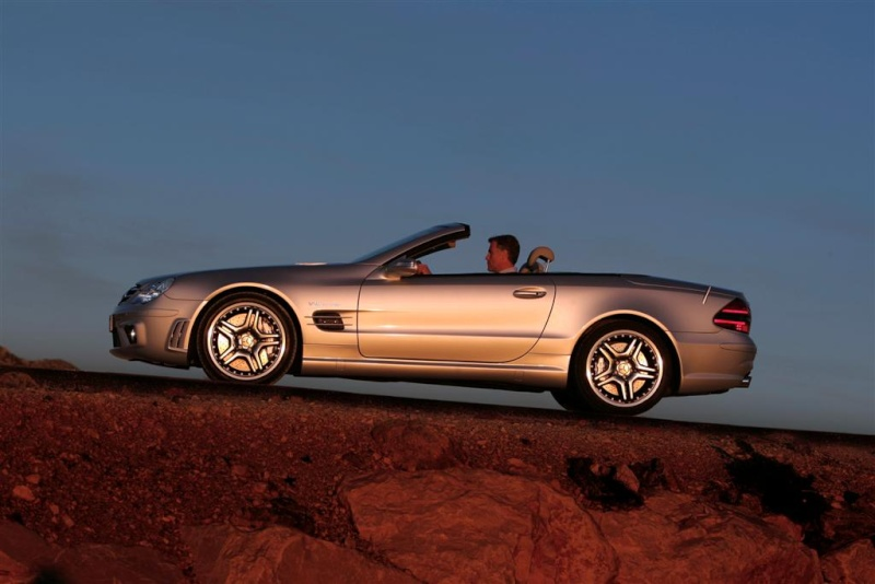 [Photos] Galerie : La Mercedes SL R230 10119310