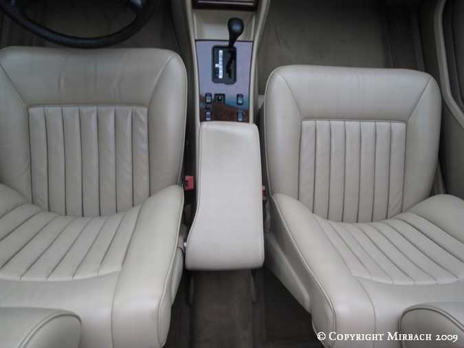 La Mercedes 300 SE (W126)  11_67521