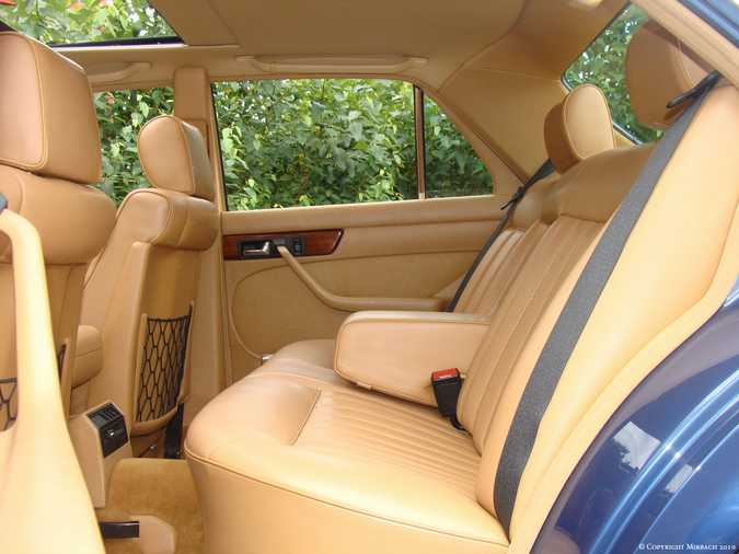 Les Mercedes 500/560 SE/SEL (W126)  11_67523