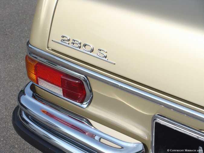 La Mercedes 250 S-SE / 280 S-SE / 300 SE (W108/W109) Berline   13_67530