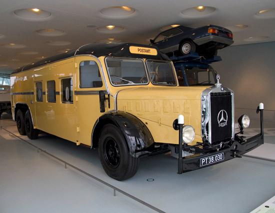 [Historique] Les Poids lourds Mercedes  14365210