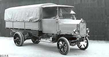 [Historique] Les Poids lourds Mercedes  1920th10