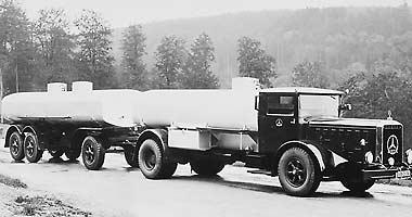 [Historique] Les Poids lourds Mercedes  1935-110