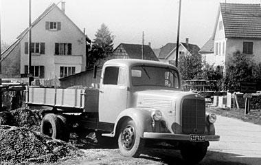 [Historique] Les Poids lourds Mercedes  1949_o10