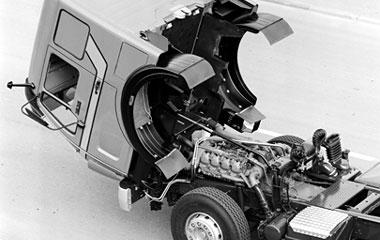 [Historique] Les Poids lourds Mercedes  1979_e10