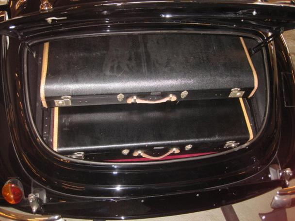 [Essai] Mercedes 540K Roadster 1937 - 1939  23164516