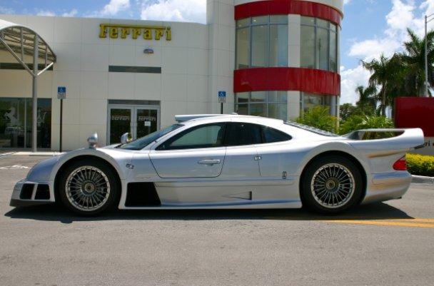 La Mercedes Benz CLK GTR 1998 24901911