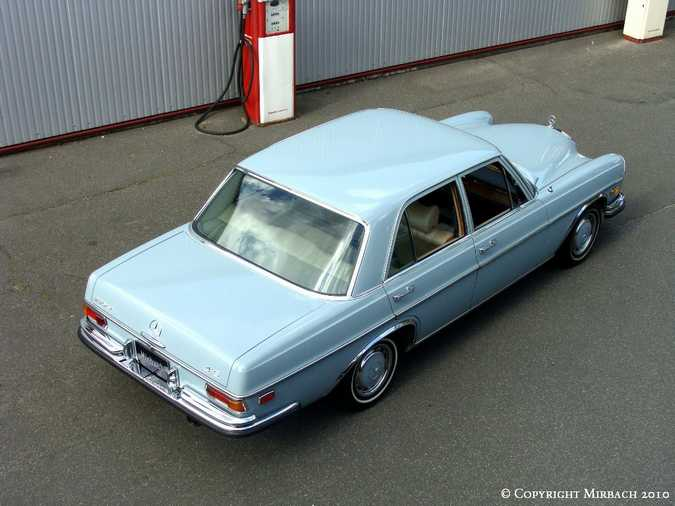 La Mercedes 250 S-SE / 280 S-SE / 300 SE (W108/W109) Berline   2_67533