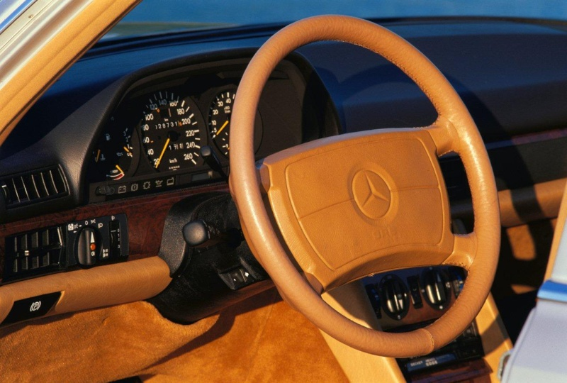 Les interieurs de W126 1980 - 1992 43678810
