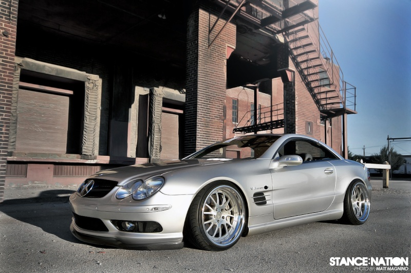 [Photos] Galerie : La Mercedes SL R230 49727611