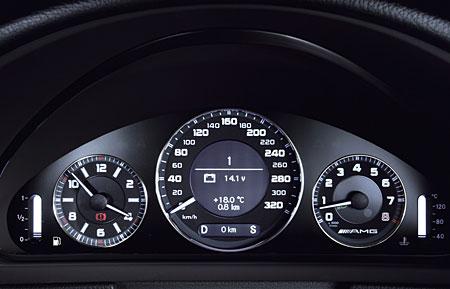 [Essai] La Mercedes E 63 AMG (W211)   957_410
