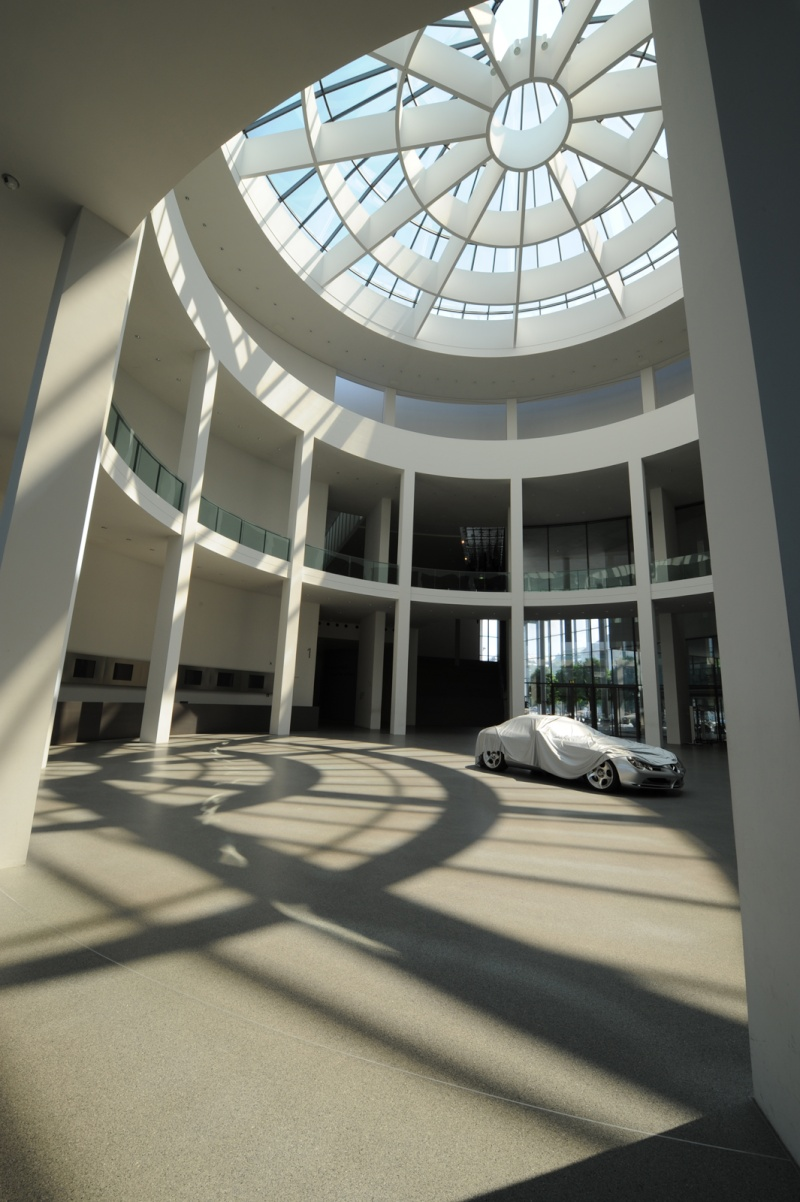 musée - [Photos] Le Mercedes-Benz Museum de Stuttgart Camill13