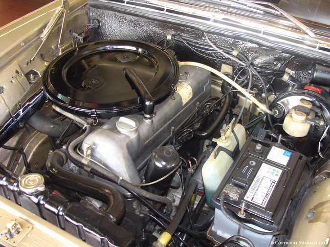 La Mercedes 250 S-SE / 280 S-SE / 300 SE (W108/W109) Berline   Cccccc10
