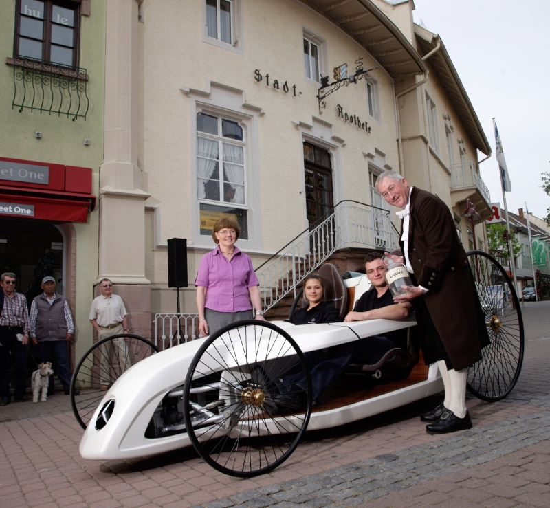 Bertha Ringer Benz F-cell15