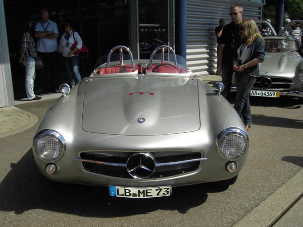 Les répliques de Mercedes F0f41910