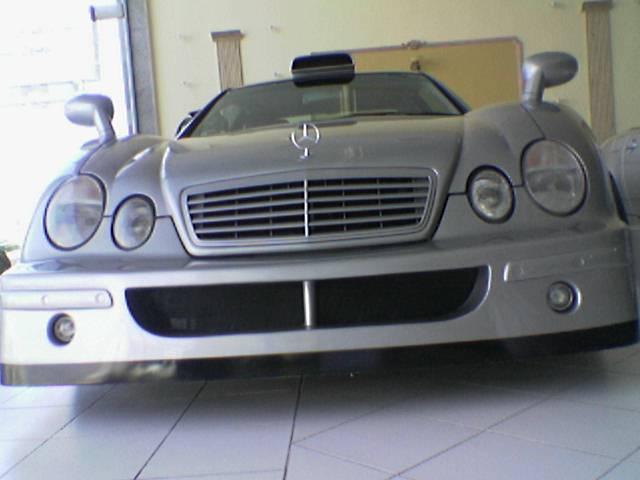 Les répliques de Mercedes F48koe28
