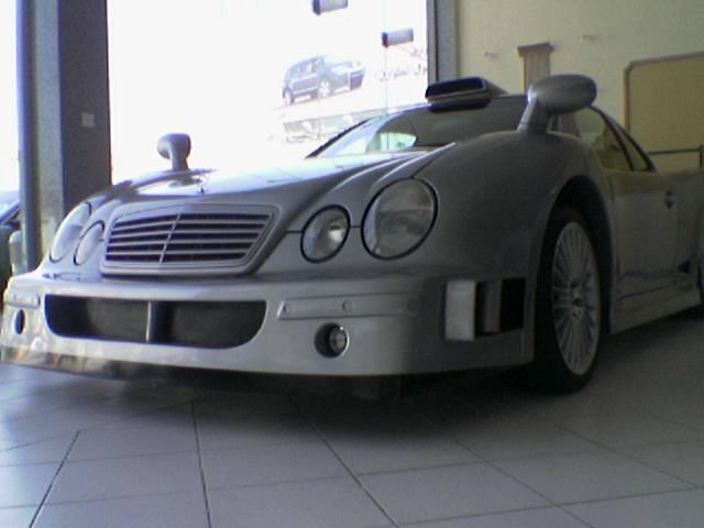 Les répliques de Mercedes F48koe29