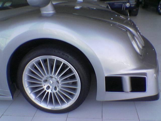 Les répliques de Mercedes F48koe31