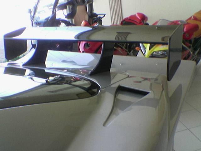 Les répliques de Mercedes F48koe34