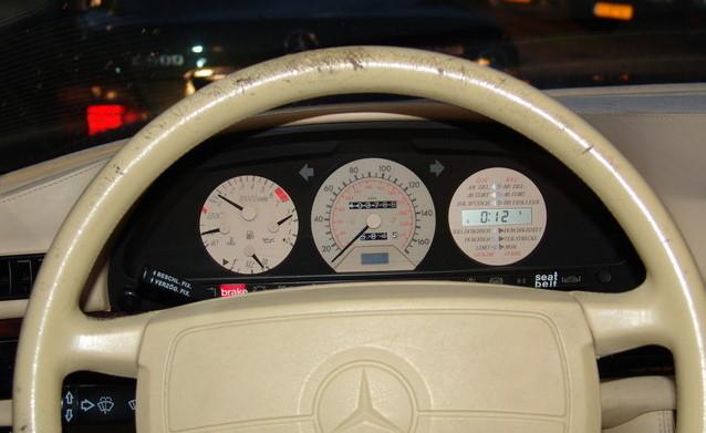 La Mercedes 560 Duchatelet Hann_m10
